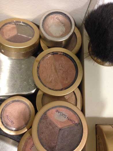 Dirty Makeup Brushes: Dirty Makeup Artists, Dirty Brushes, And Dirty Cosmetics